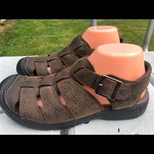 Keen Man's Brown Leather Fisherman Sandals Size 8